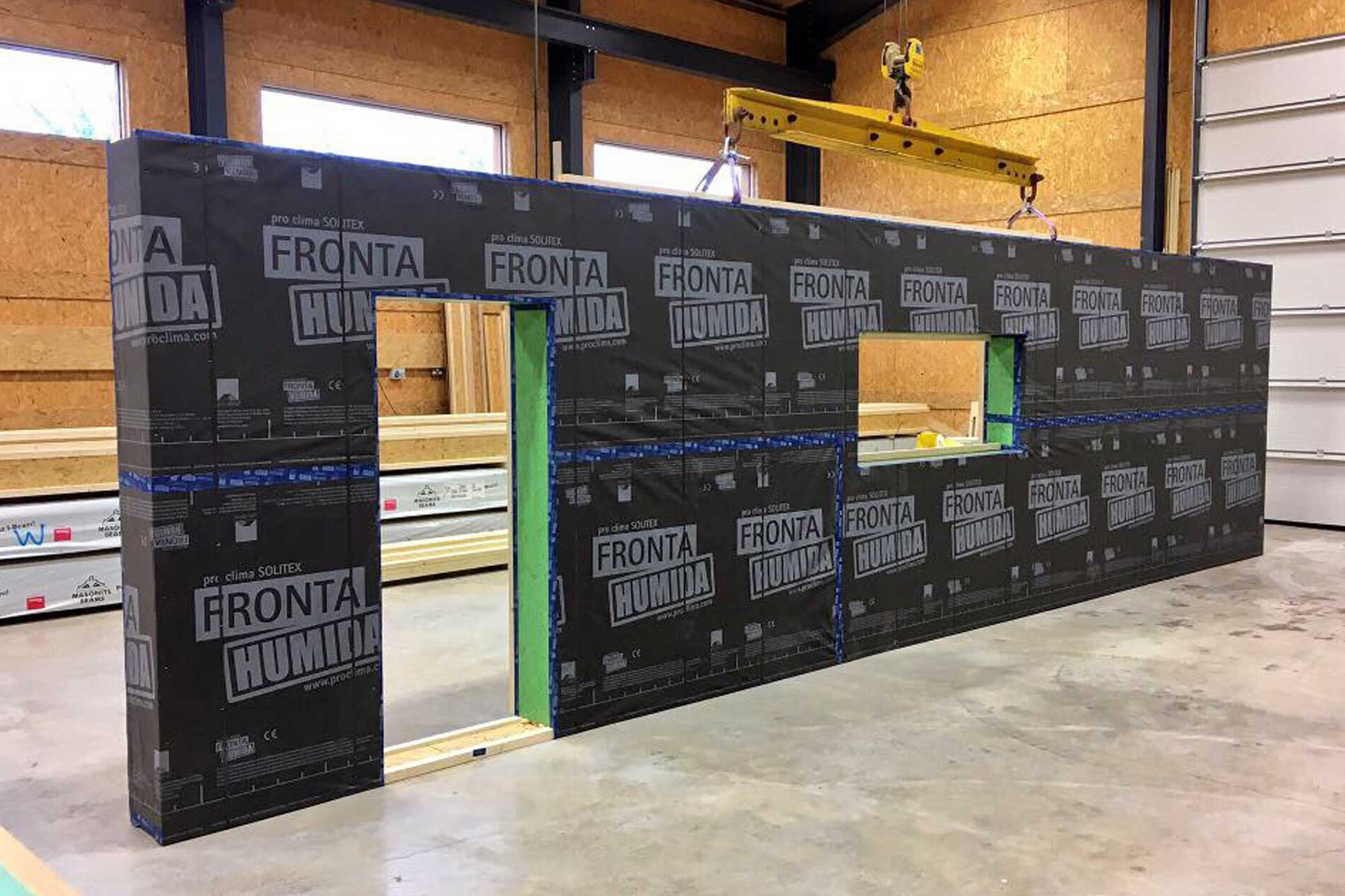 Low energy timber frame panel with fronta humida membrane